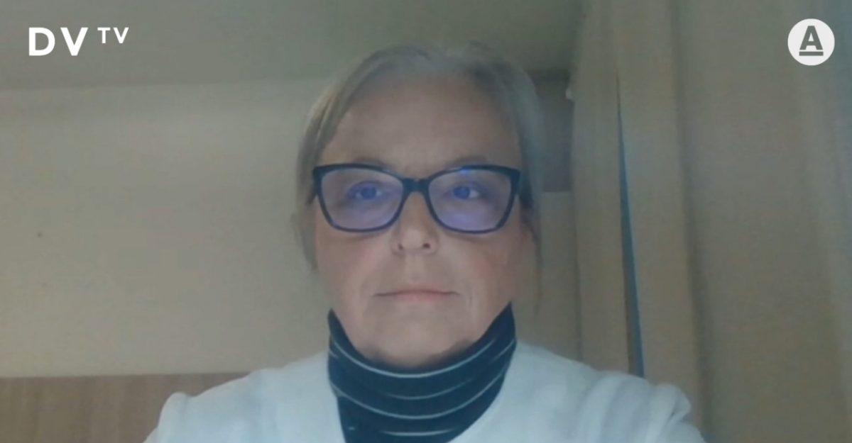 Profesorka Dzúrová v pořadu DVTV