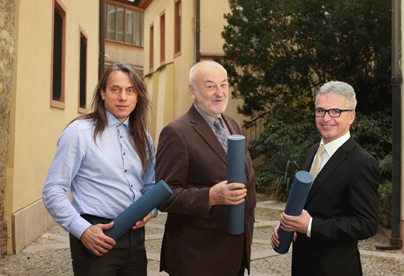 Publikace Makroregiony světa získala ocenění za nejlepší učebnici Univerzity Karlovy
